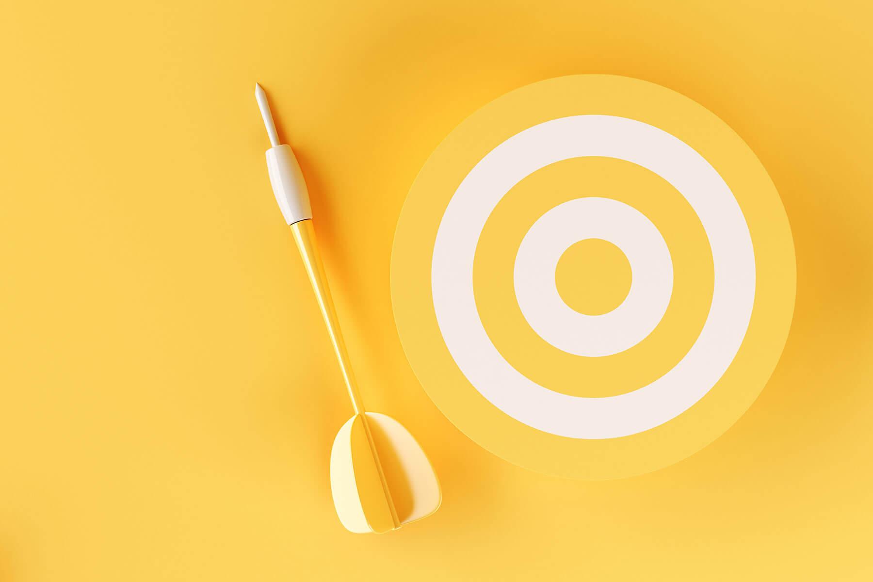 3d-target-on-yellow-background-TKEE3CQ.jpg